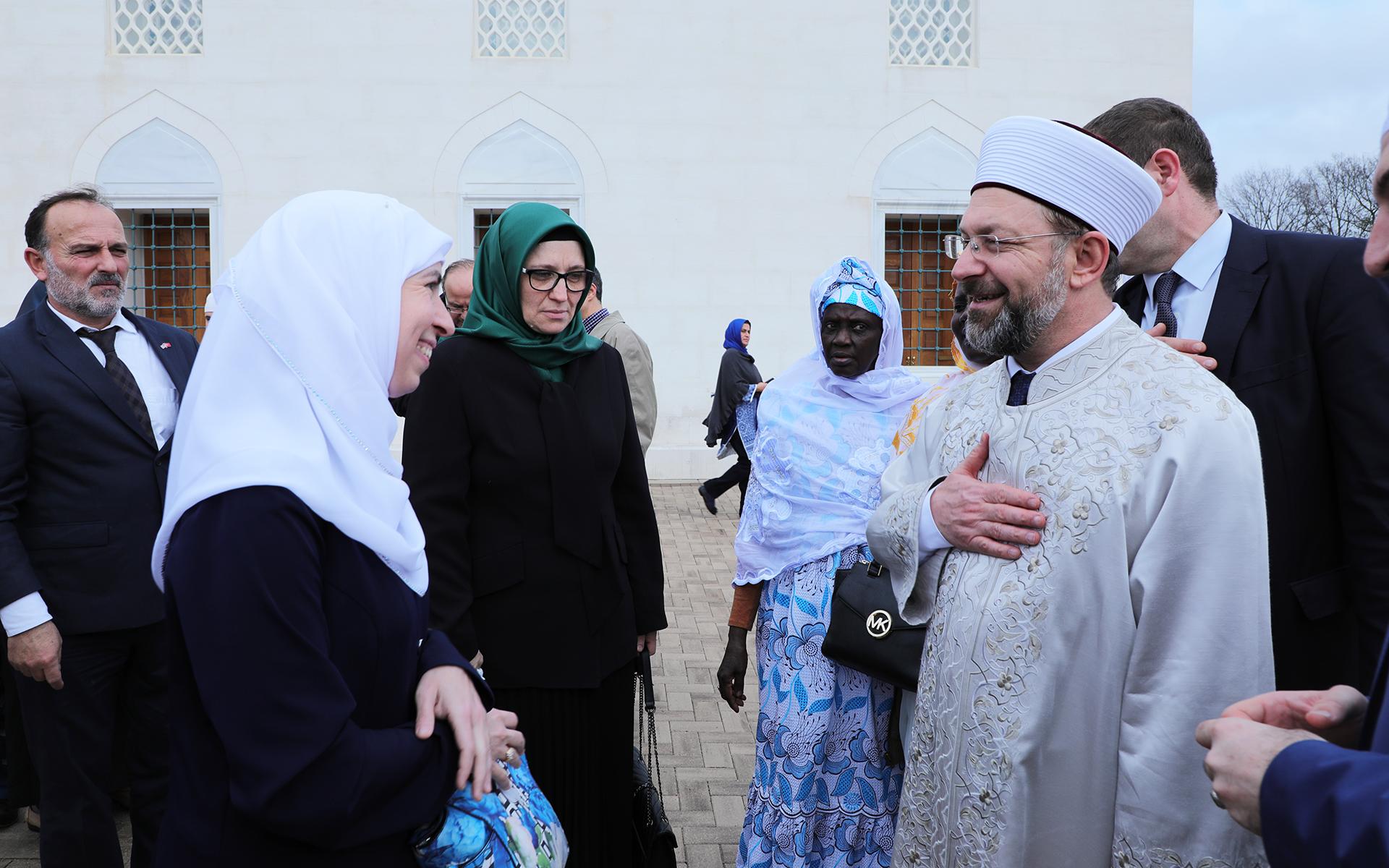 juma-prayer-khutbah-diyanet-isleri-baskani-10
