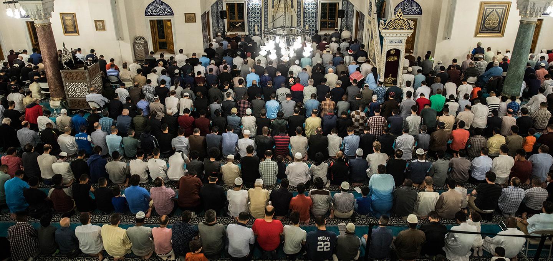 web-laylat-al-qadr-night-diyanet-center-of-america-ramadan-2018-1