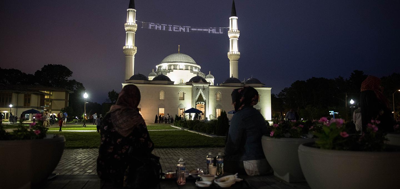 web-laylat-al-qadr-night-diyanet-center-of-america-ramadan-2018-4