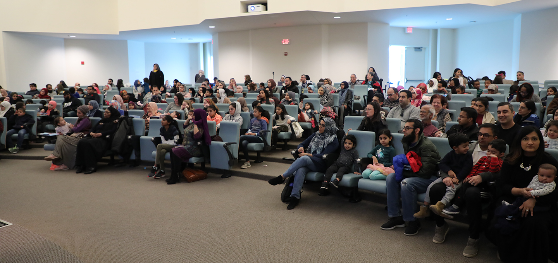 community-storytime-hena-khan-diyanet-center-america-14